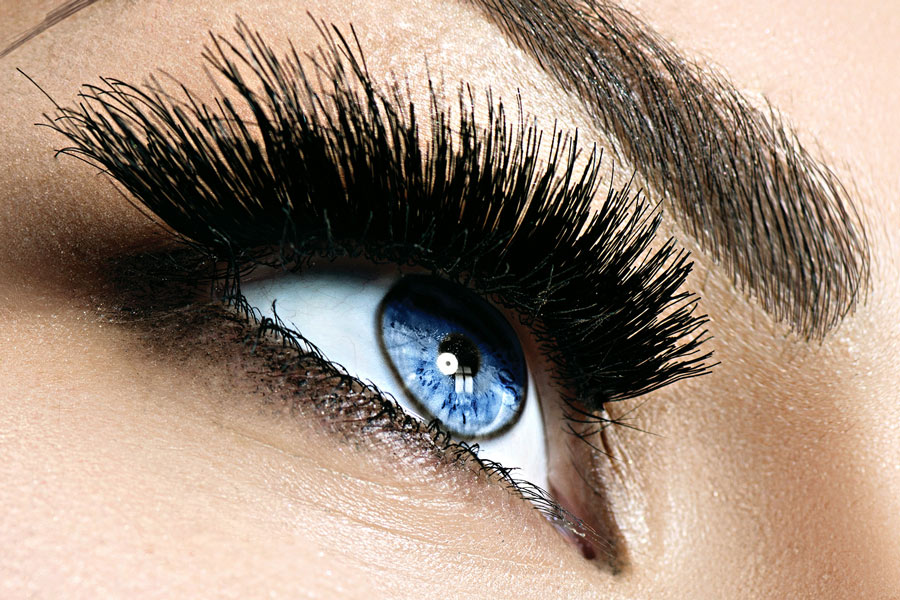 What to Know About Lash Extensions in 2021 - Trends and ...